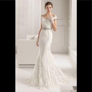 Rosa clara santel lace off shoulder wedding gown